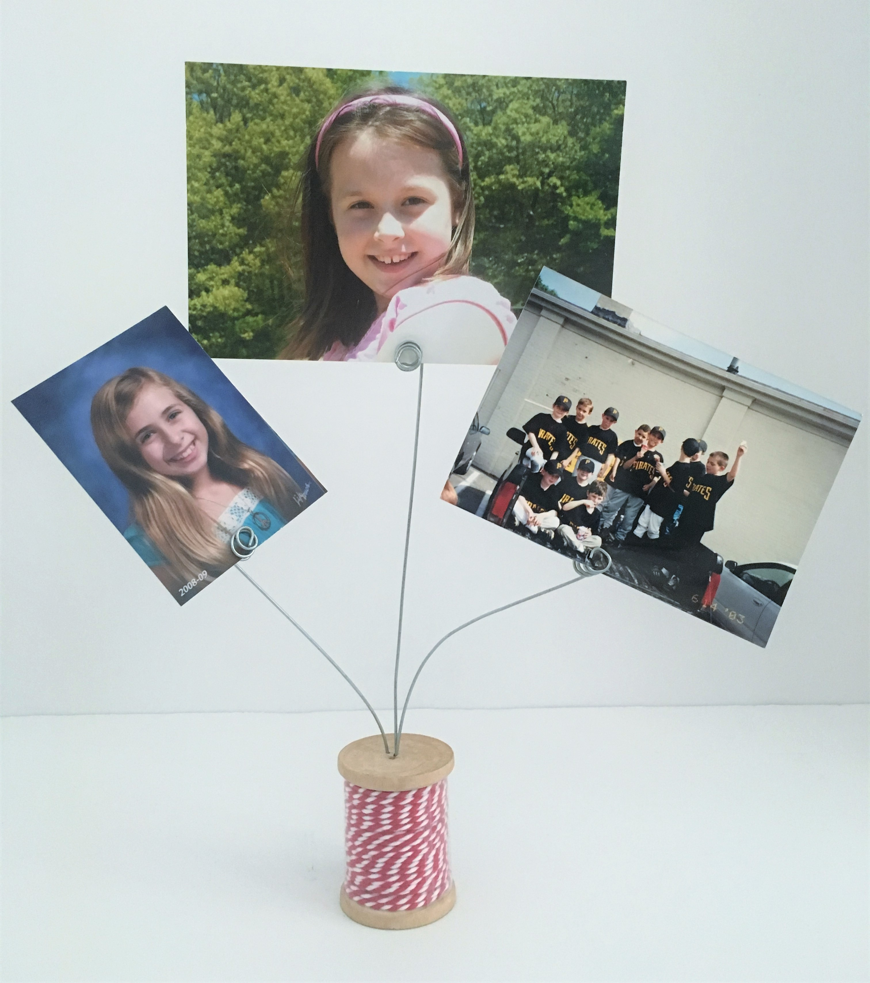 celebrate-picture-books-picture-book-review-threads-of-friendship-photo-holder