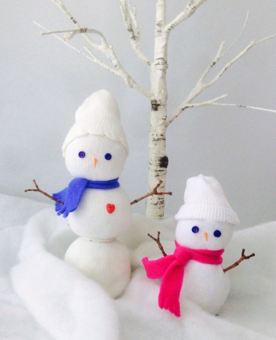 celebrate-picture-books-picture-book-review-sock-snowman-craft