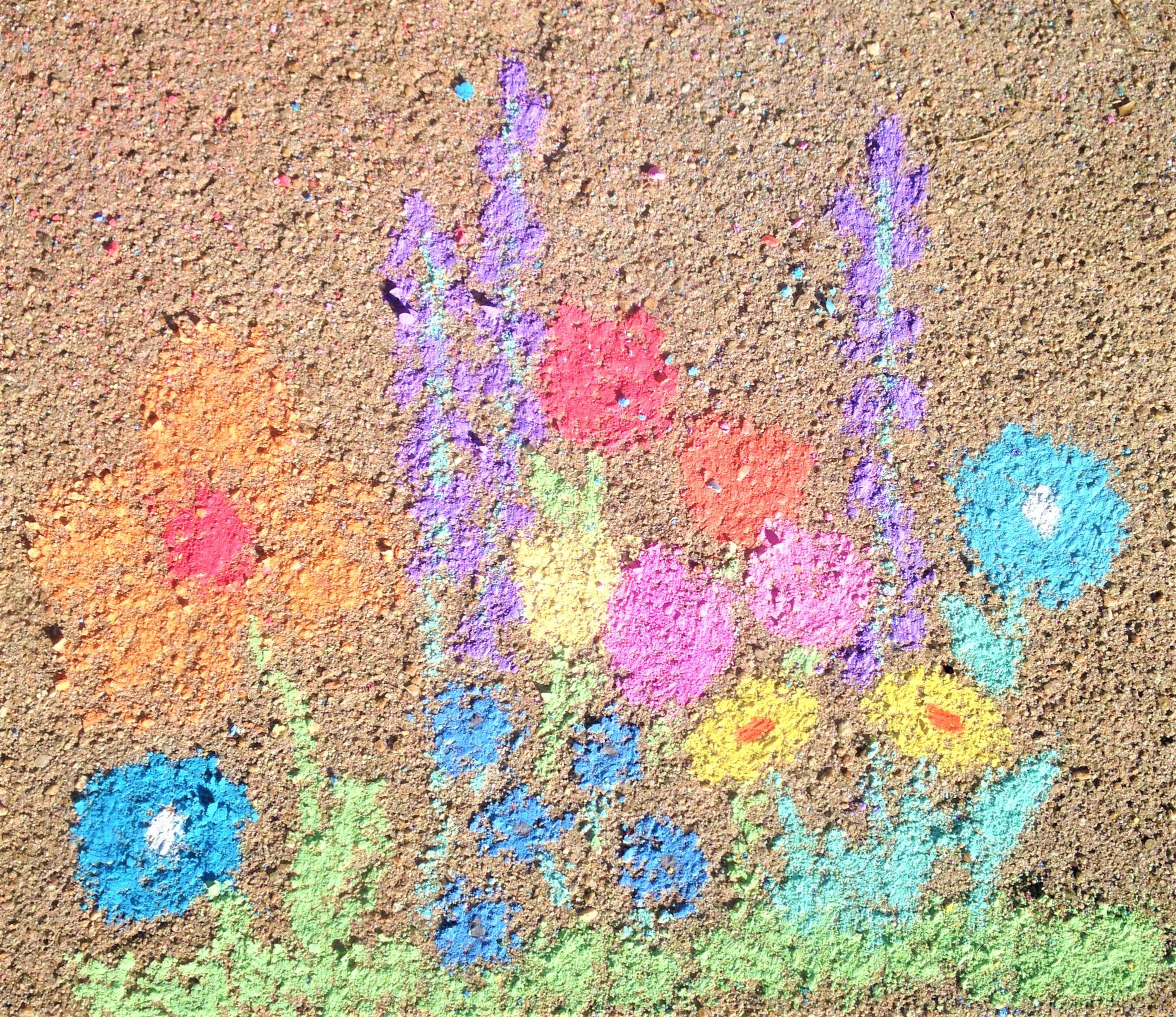 celebrate-picture-books-picture-book-review-friendship-chalk-garden