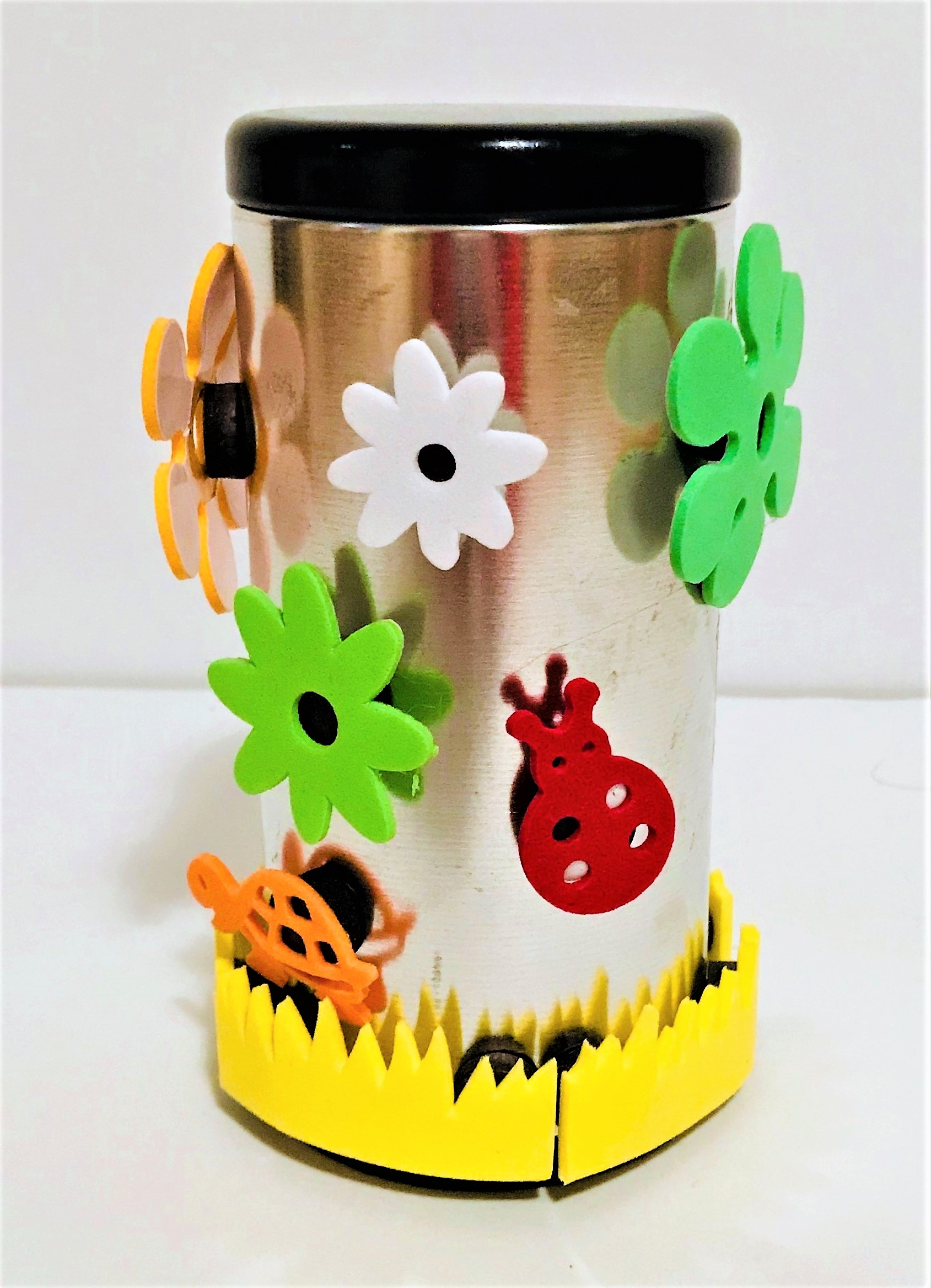 celebrate-picture-books-picture-book-review-magnetic-can-craft (2)