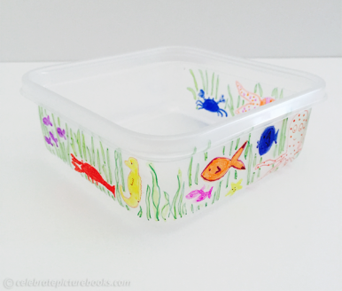 celebrate-picture-books-picture-book-review-lunch-container