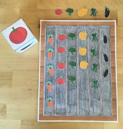 celebrate-picture-books-picture-book-review-garden-board-game-1