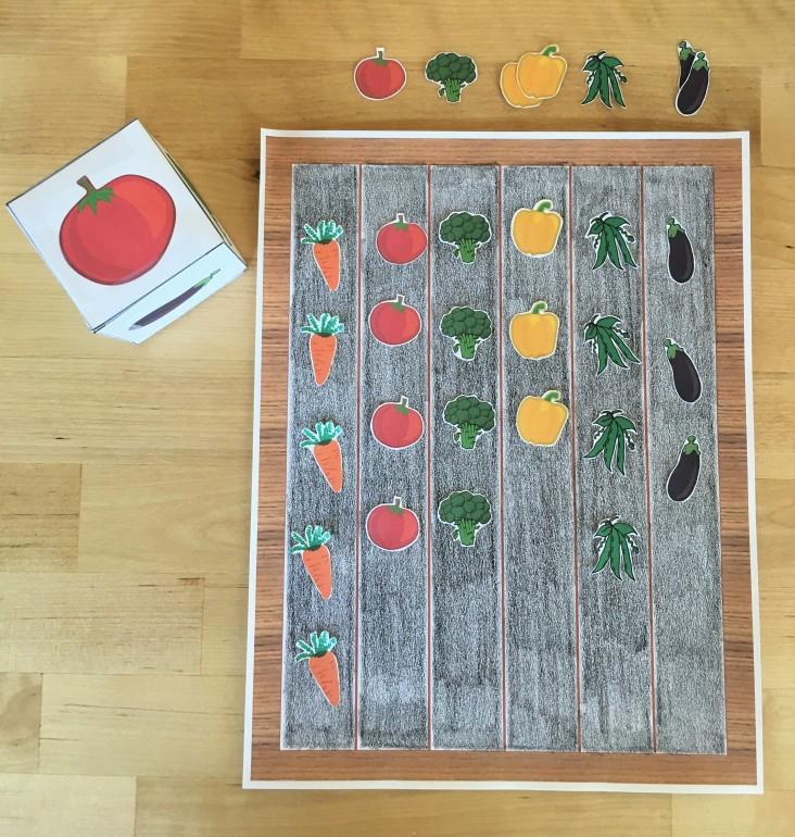 celebrate-picture-books-picture-book-review-garden-board-game-1
