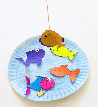 celebrate-picture-books-picture-book-review-go-fishing-game-1