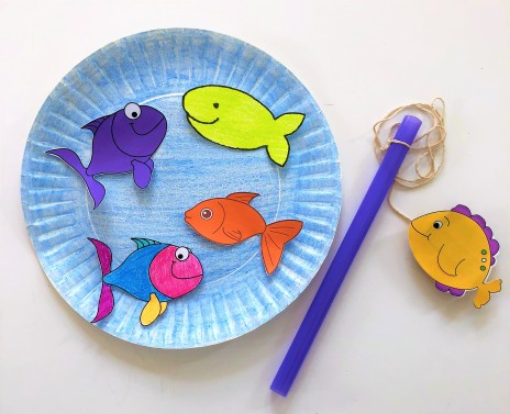 celebrate-picture-books-picture-book-review-go-fishing-game-4