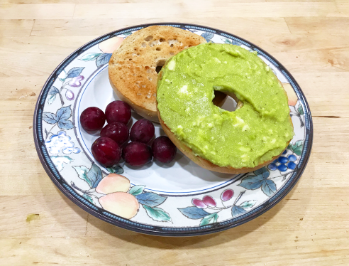 celebrate-picture-books-picture-book-review-avocado-bagel-finished
