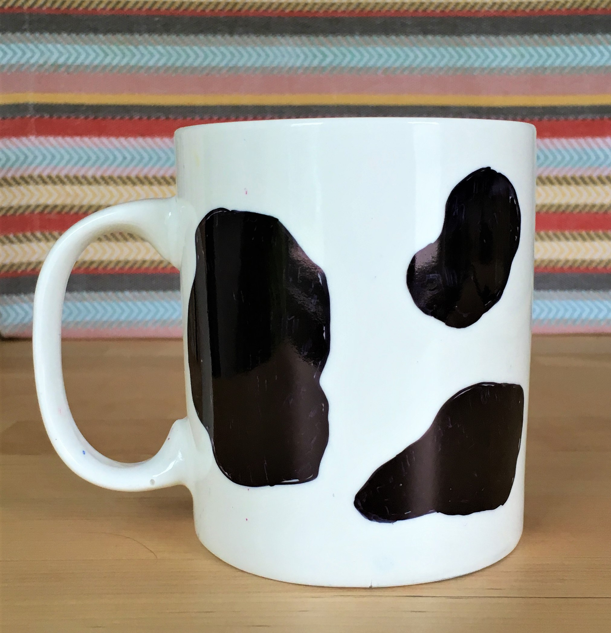 celebrate-picture-books-picture-book-review-cow-mug-craft-back