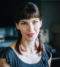 Kayla Harren Headshot