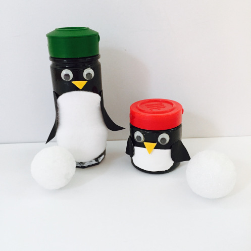 celebrate-picture-books-picture-book-review-spice-bottle-penguins-craft