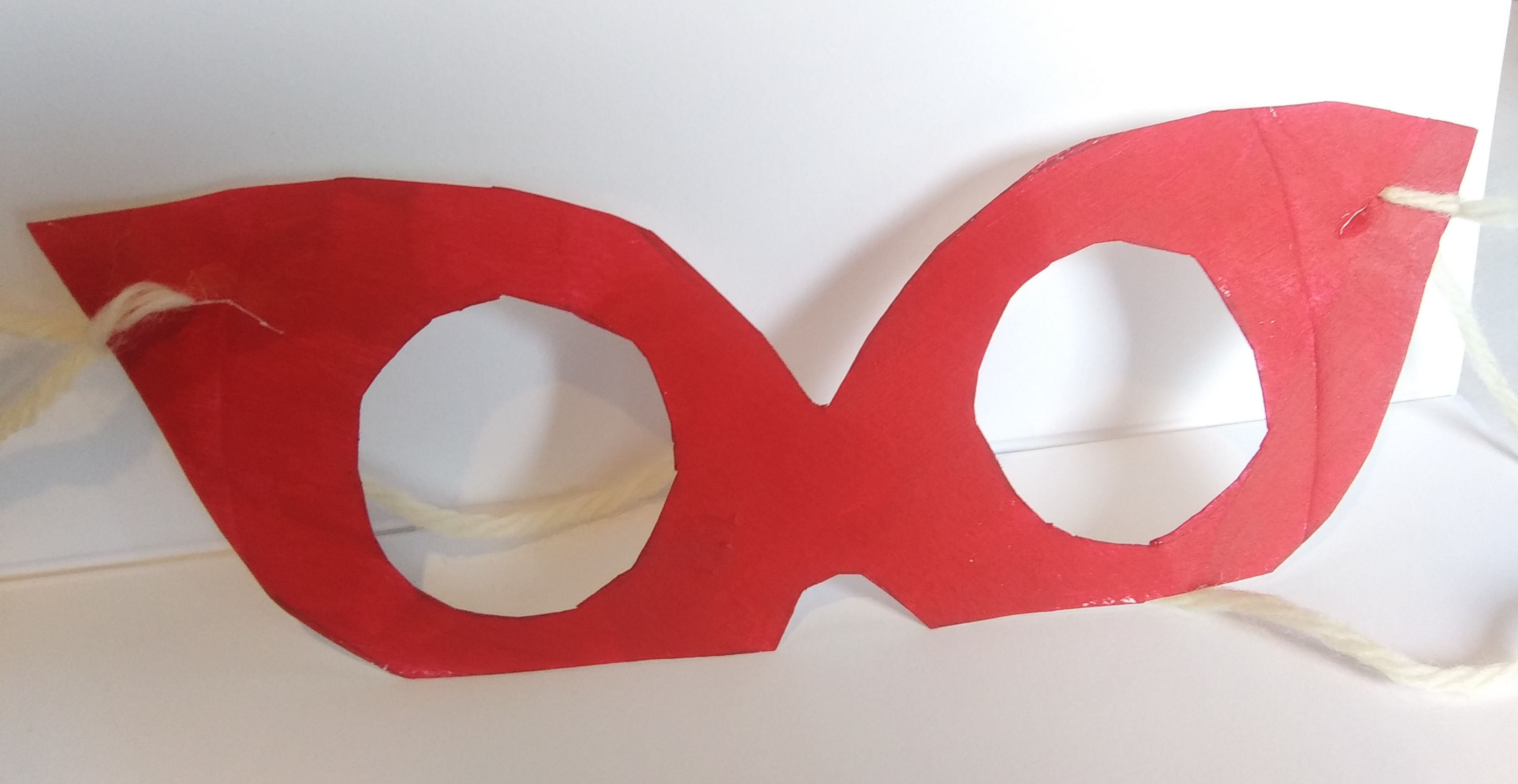 celebrate-picture-books-picture-book-review-superhero-mask-craft