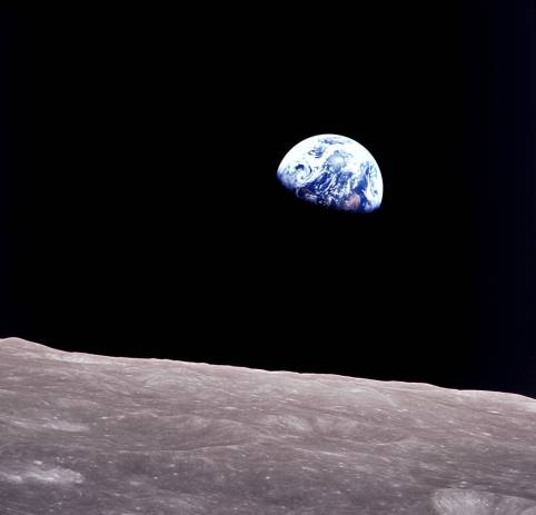 celebrate-picture-books-picture-book-review-Sue-Gallion-interview-apollo08-earthrise