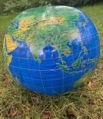 celebrate-picture-books-picture-book-review-inflatable-globe-beachball