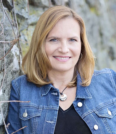 celebrate-picture-books-picture-book-review-Heather-Lang-headshot